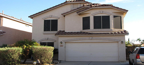 This North Phoenix 3 bedroom plus den rental home is located closely to Moon Valley and the Desert Ridge Marketplace.