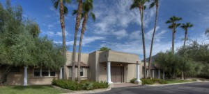 This is a beautiful Paradise Valley golf course home for sale in Arizona.