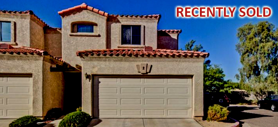 This is a 3 bedroom North Phoenix townhome for sale with a greatroom floor plan.