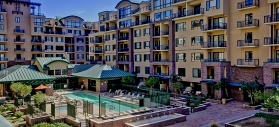 This Phoenix condominium for rent is a hard to find Phoenix condo in the popular Phoenix community of Tapestry on Central.